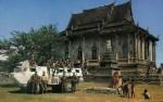 Le VAB (ici en juillet 1992 avec le 8e RPIMa au Cambodge, dans le cadre de l'APRONUC) a 40 ans de service  (Crédit photo: Alain HENRY de FRAHAN)