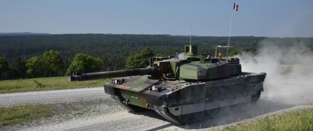 La France, seul rempart crédible pour l'Europe en cas de retrait américain ? (Crédit photo: U.S. Army/Lacey Justinger, 7th Army Training Command)