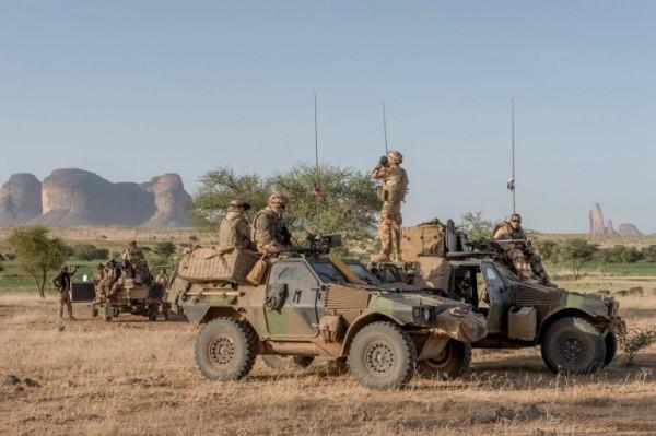Pas tout à fait un traditionnel pour ces soldats prenant part à l'opération Piana dans la région de Gourma (Crédit photo: armee2terre)