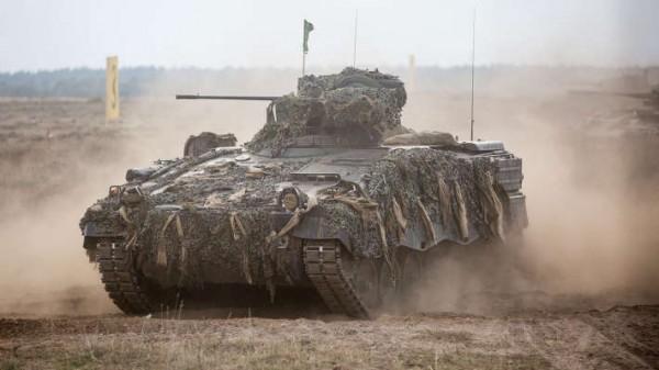 Le Marder, en service depuis 35 ans en Allemagne, sera remplacé par le Puma (Crédit photo: Bundeswehr)