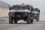 Premiers tours de roues des PMV-L Hawkei australiens sur le sol irakien (Crédit photo: Commonwealth of Australia/Cpl Steve Duncan)