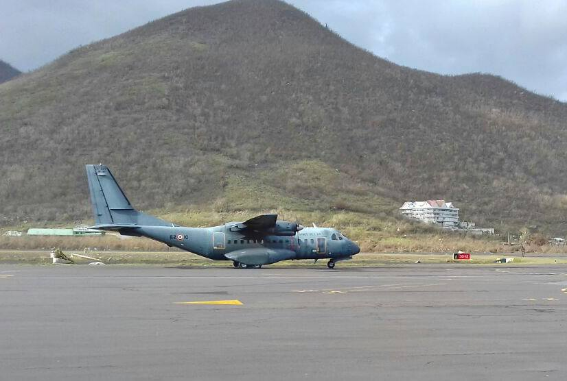 Un CASA des FAA attrit à Saint Martin