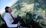 En 2016, Gene Lee, un combat tournoyant a opposé un pilote américain à l'intelligence artificielle ALPHA. Celle-ci réagissait 250 fois plus vite que le pilote qui est sorti épuisé de l'épreuve (Photo via ez.gizmodo.com)