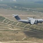Parachutage par les portes latérales depuis un Airbus A400M