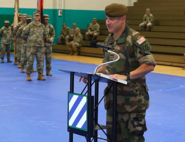 Le général Hubert Couttereau lors de son accueil officiel au sein de la 3e DI américaine, le 15 août (Crédit: 3e DI, sergent-major Shelia Cooper)