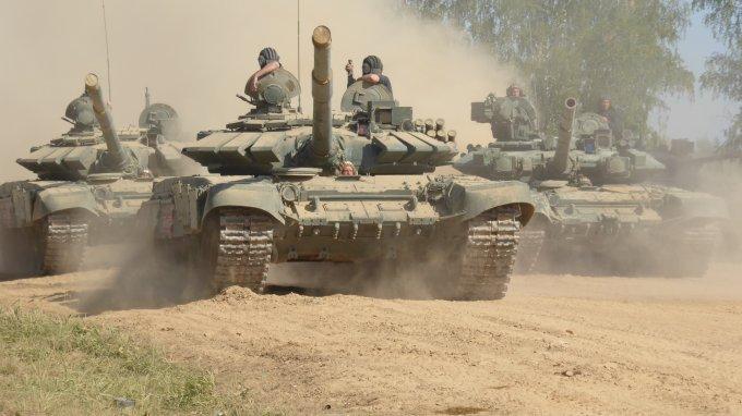 Chars-russes-T-80.jpg