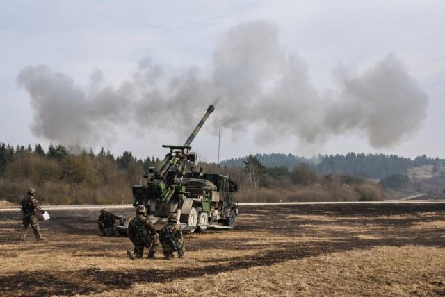 CAESAr français en exercice sur la base de Grafenwoehr en Allemagne cette semaine  (Markus Rauchenberge)