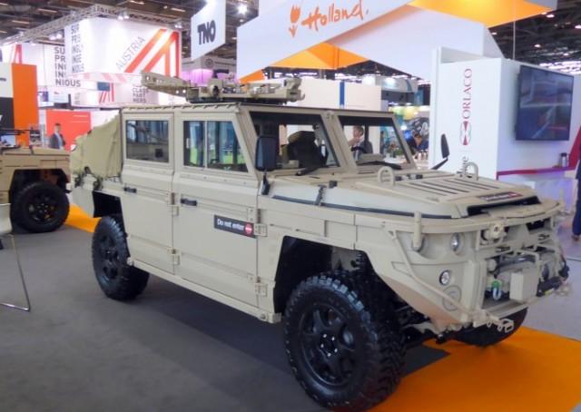Le Defenture conçu et produit par la petite société néerlandaise du même nom est  de nouveau concurrent  pour le Defence-wide Wheeled Vehicle Replacement Programme (DVOW) – air assault - du ministère néerlandais de la Défense (photo : Forces Operations)