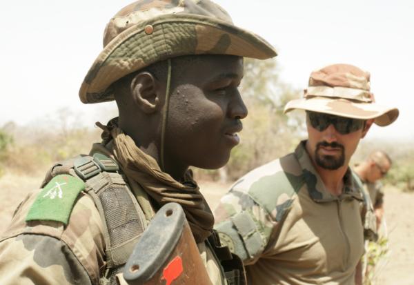 Un instructeur français du GTIA Balanzan, à Koulikoro crédits: G Belan