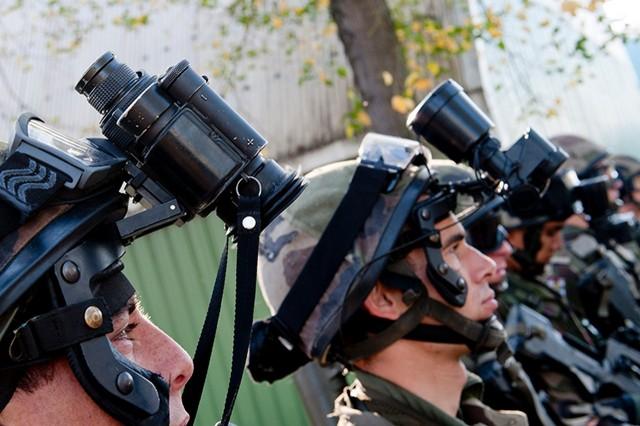 10 000 nouvelles JVN pour remplacer les UGO? (Crédit: ministère des Armées)