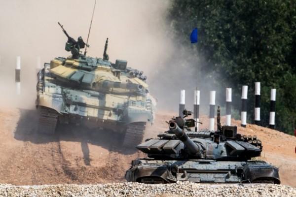 Le traditionnel biathlon de tank (Crédit photo: Ministère de la défense de Russie)