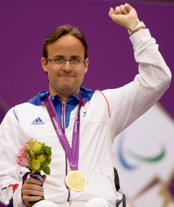 Cédric Fevre Chevalier, 32 ans, tir, carabine 10m et 50m. Catégorie SH1 (handicap fonctionnel). Champion olympique en titre au 10m couché. (Crédit photo: Ministère de la Défense)