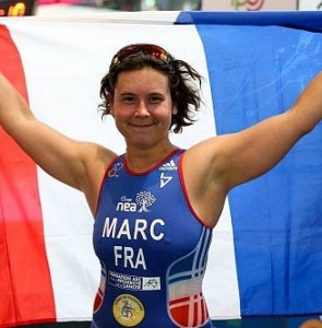 Elise Marc, 28 ans, triathlon, courte distance (voir sous Stéphane Bahier). Catégorie PT2 (athlètes debout). Championne d'Europe en titre.