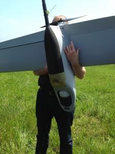 Le patin d'aterrissage, une pièce qui se change très facilement si nécessaire (crédit photo: Christina Mackenzie)