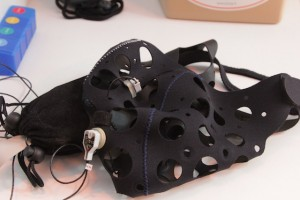 Le système Meegaperf est très souple et n'utilise que deux électrodes (Crédit photo: Christina Mackenzie)