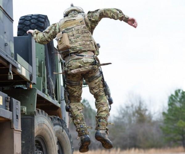"""La technologie """"Dermosquelette"""" de B-Temia a déjà été activement testée par les forces spéciales américaines et canadiennes (Crédit: Revision Military Inc)"""