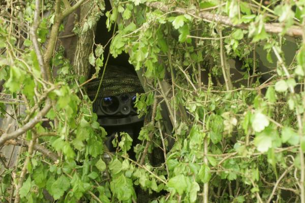 Une unité en observation avec une JIM LR, très bien camouflée (crédits: G Belan)