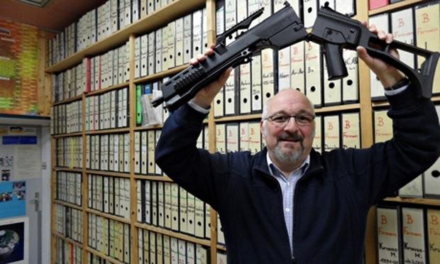 Jürgen Grässlin, militant pour la paix et personnage emblématique de la lutte contre la vente d'armes allemandes