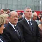 Jean-Yves le Drian et son homologue polonais Tomasz Siemoniak, à l'ouverture du salon MSPO (crédits: Guillaume Belan)