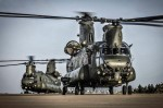 Deux Chinook HC3 de la RAF (Crédit: ministère de la Défense britannique)