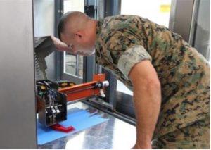 L'imprimante 3D portable (Crédit: USMC)
