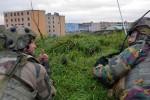 Soldats belges et français du 1er RTir et du bataillon 12/13 de Ligne à l'entraînement au CENZUB de Sissonne (Crédit photo: armée de Terre)