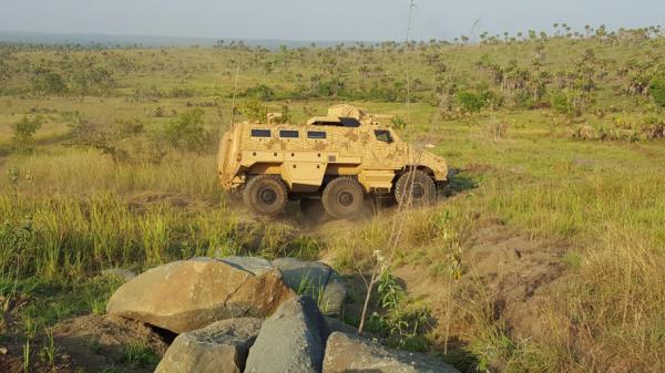 Le TITUS en démonstration sur le champ de tir de Lomo-Nord (Crédit: Nexter Systems)