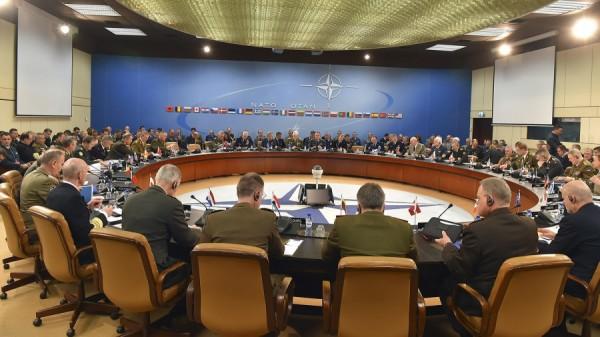 Une réunion au siège de l'OTAN à Bruxelles en décembre 2015 (crédit photo: OTAN)