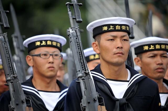 Marins japonais (defence.pk)