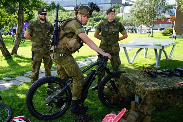 military-electric-bike-640x427.jpg