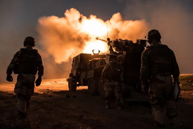 Récent tir de CAESAr dans le cadre de l'opération Chammal (Crédits : Ministère des Armées)