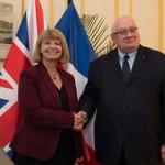 Harret Baldwin et Laurent Collet-Billon après la signature des accords bilatéraux du 15 décembre 2016