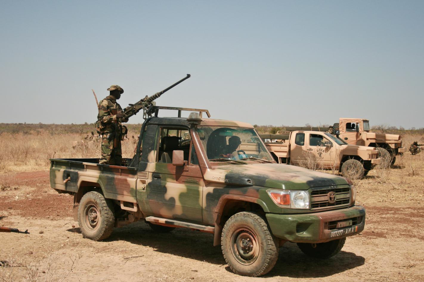 fob forces operations blogla transformation de l 39 arm e malienne fob forces operations blog. Black Bedroom Furniture Sets. Home Design Ideas