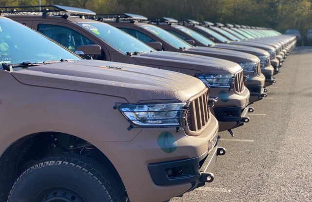 Un premier lot de 100 VT4 a été livré la semaine dernière aux Armées (Crédit : Arquus)
