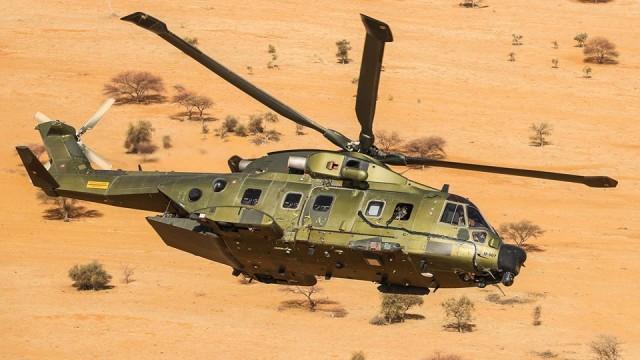 L'un des deux hélicoptères EH-101 déployés au Sahel par le Danemark (Crédit : ministère de La Défense danois)