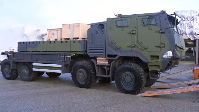 L'un des deux premiers CAESAR réceptionnés par le régiment d'artillerie danois (Crédit : Danske Artilleriregiment / Facebook)