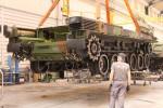 Activités de maintenance réalisées sur un char Leclerc, au sein des ateliers de Nexter, dans le respect des mesures sanitaires en vigueur (Crédits: Nexter)
