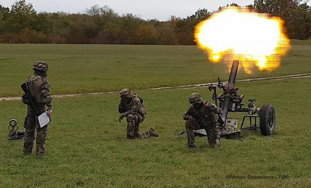 Le 1er RA fait donner une dernière fois ses mortiers en clôture de l'exercice Royal Black Hawk 2020