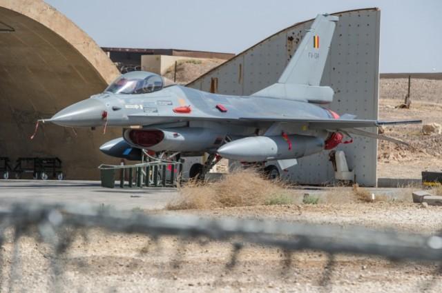Un F-16 belge déployé en Jordanie en juin 2016 (Crédit: Défense belge/Ritchie Sedeyn)