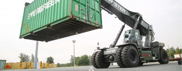L'un des nouveaux chariots élévateurs Hyster opérés par le hub allemand de Pfungstadt (Crédits : Bundeswehr/Anne Weinrich )