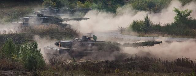 Le Leopard allemand, vendu à plus de 3500 exemplaires et décliné en plusieurs dizaines de variantes (Crédits : Bundeswehr/Marco Dorow )